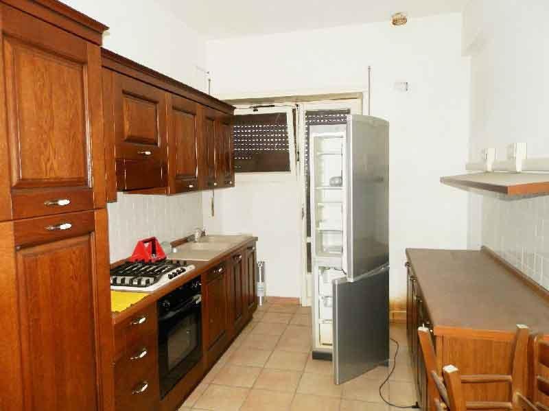 Appartamento in affitto a Panicale, 5 locali, zona Zona: Tavernelle, prezzo € 410 | Cambio Casa.it